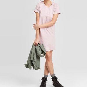 Universal Thread Short Sleeve T Shirt Dress Pink S